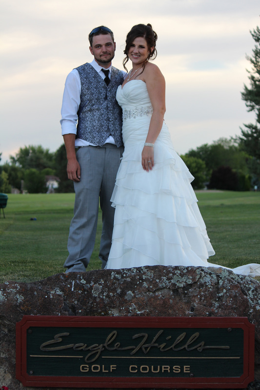 Bride & Groom at Eagle Hills Country Club